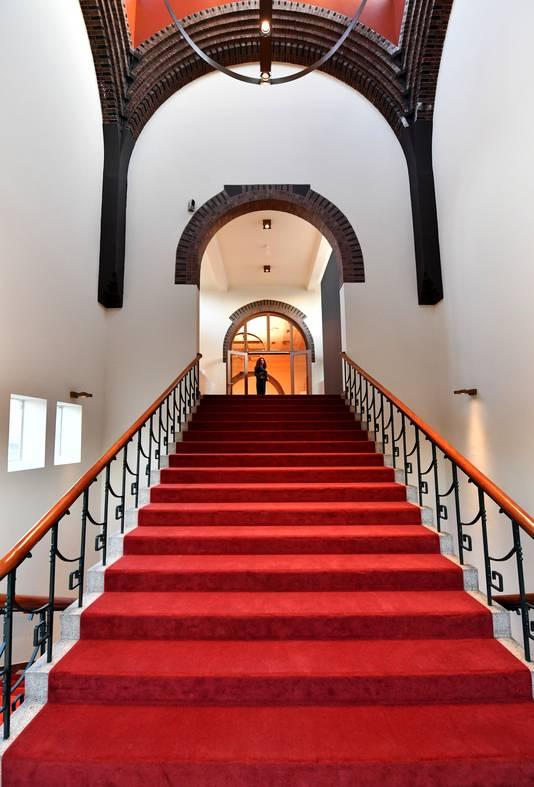 De gerenoveerde entree van de toren van De Vereeniging.