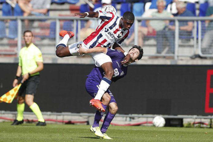 Heracles verloor begin dit seizoen nog met 4-0 van Willem II. Niets duidde er destijds op dat de ploeg uit Tilburg het zo zwaar zou krijgen.
