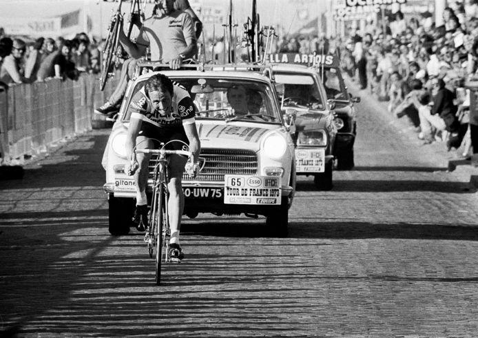 Joop Zoetemelk is los. Hij wint de proloog in Scheveningen in 1973.