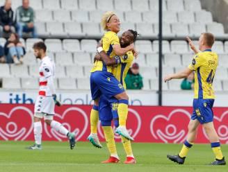 STVV houdt met tien man stand tegen Cercle: nieuwkomer Hayashi maakt de enige goal van de wedstrijd