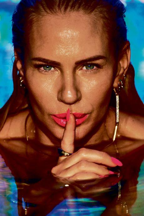 Ellemieke Vermolen (44) uit de kleren voor haar laatste bikinishoot ooit