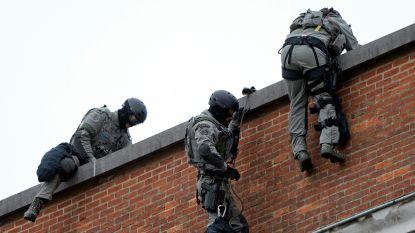Politieagent van speciale eenheden zwaargewond na val van rotswand tijdens training in Namen