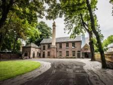 Cabaretière Bruers verkoopt monumentaal Duvelhok in Tilburg, maar blijft betrokken