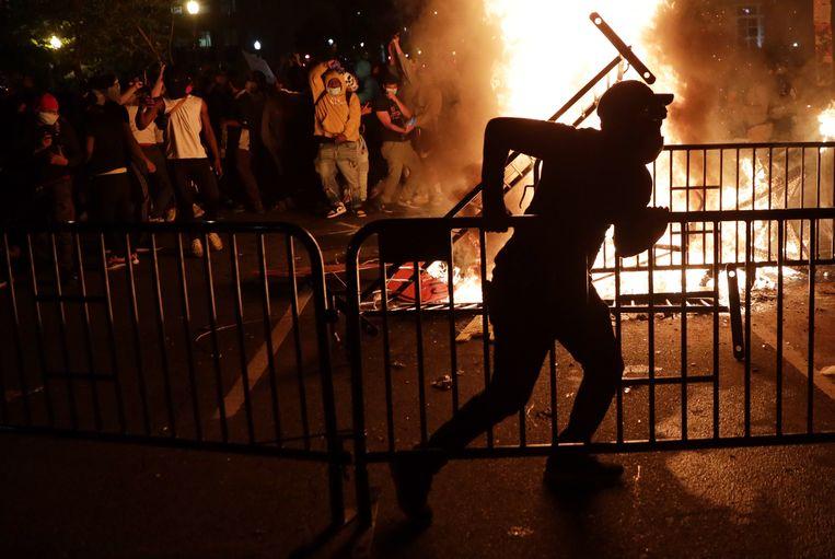 Brand in de buurt van het Witte Huis. Beeld Getty Images