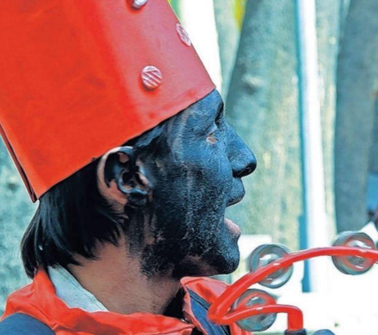 Iraanse Nieuwjaars-clown Beeld Arnold-Jan Scheer