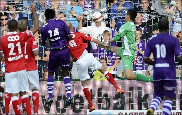 Coulibaly tekent voor de 1-0. Beeld PHOTO_NEWS