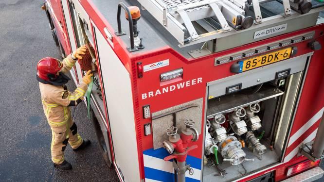 Grote brand bij goederenopslag in Beverwijk
