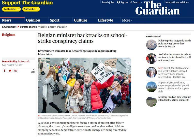 Ook in de Britse pers is Joke Schauvliege nieuws. Beeld The Guardian