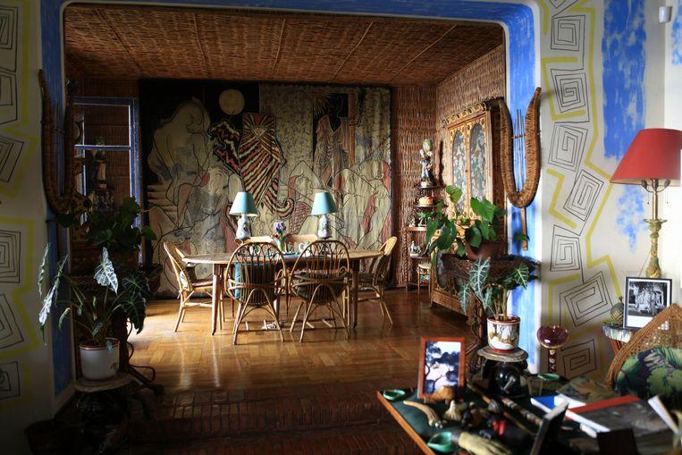 De beroemde Parijse decoratrice Madeleine Castaing verzorgde het interieur van de villa.Haar rotan eetkamer spreekt nog steeds tot de verbeelding. Beeld Alamy