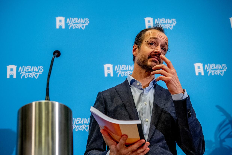 Minister Eric Wiebes (VVD) van Klimaat zal vrijdag aankondigen dat het kabinet niet genoeg extra maatregelen neemt om te voldoen aan de Urgenda-uitspraak.