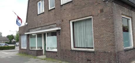 Vlag uit voor 'Warenhuis van Schaijk'; naaste buren vangen bot