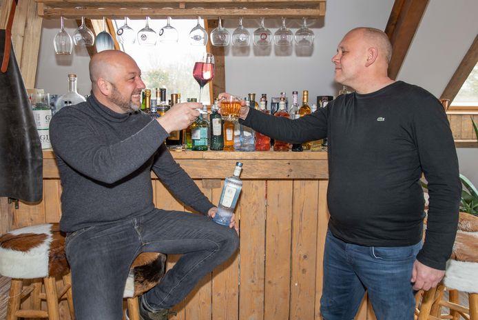 Léon Meijers (links) en Alfred Sandee veroveren de wereld met hun alcoholvrije dranken van Fluère.