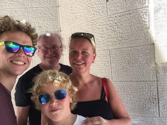 Esther van Zwol en haar gezin.