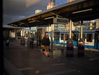 Heel metronetwerk Amsterdam ligt plat door storing