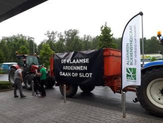 Melkveehouders en Algemeen Boerensyndicaat voeren actie tegen prijzenoorlog in grootwarenhuizen