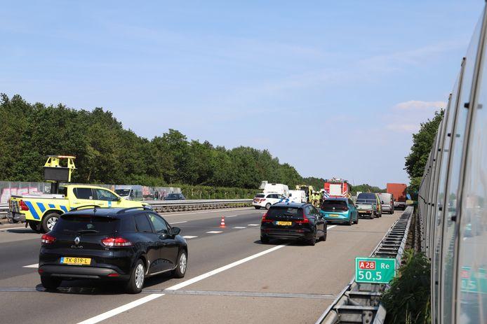 Door een ongeluk ter hoogte van Strand Nulde staat er een file van 9 kilometer op de A28.