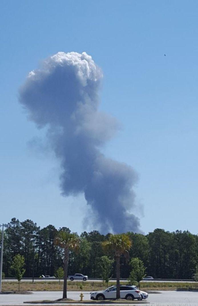 Een C-130 van de Amerikaanse luchtmacht is neergestort in de staat Georgia.