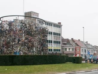 Wielermonument verhuist volgend weekend naar Parike: tijdens nachtklok en dus zonder kijkers