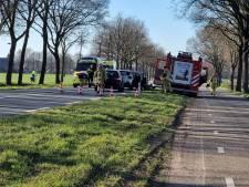 Flinke schade en 1 gewonde na aanrijding op N743 tussen Borne en Zenderen