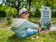 Melek werd begraven in 'verkeerd graf': 'Ik zei direct, ze moet daar weg!'
