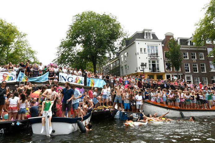 De Canal Parade is normaal gesproken onderdeel van Pride Amsterdam.