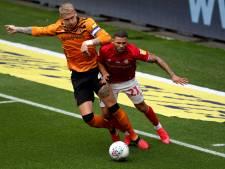 Zo goed als failliet Wigan vernedert Hull City en captain Jordy de Wijs : 7-0 bij rust
