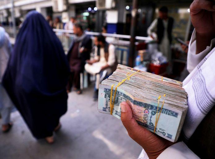 Een bundel 'Afghani'biljetten.