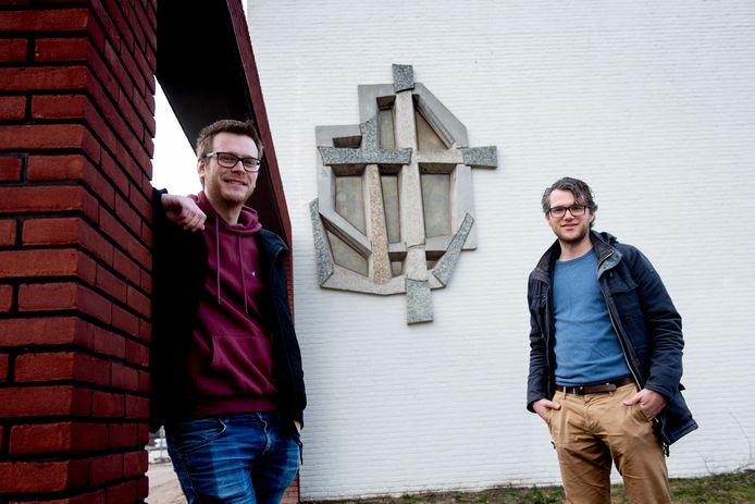 De Apeldoornse Elbert Vink (links) en Willem van Sermondt maken een podcastserie voor de 40 dagentijd.