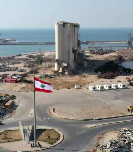 Le port de Beyrouth survolé par un drone un an après l'explosion dévastatrice