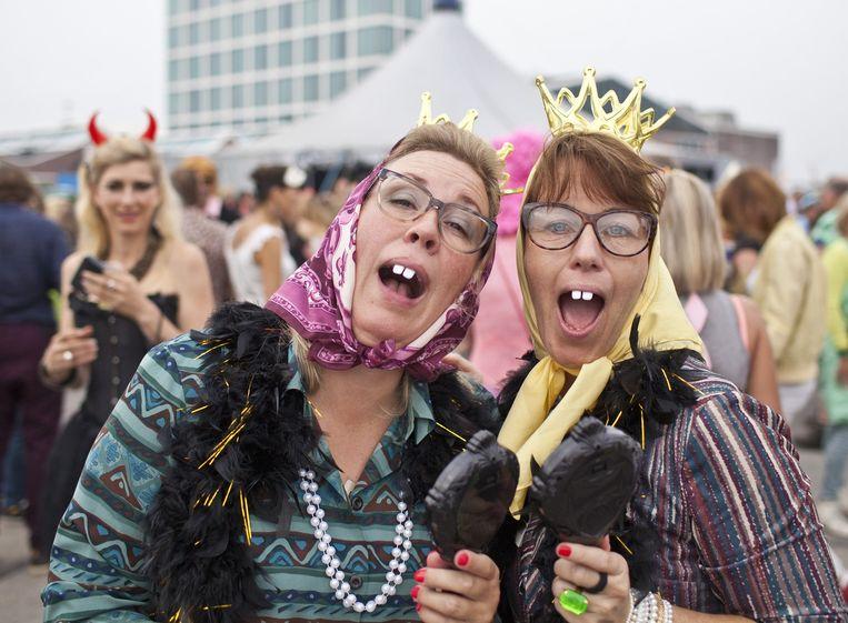 Bij Amsterdam Roest vier je dit weekend carnaval. Beeld Floris Lok