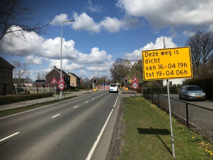 Ten behoeve van de aansluiting op de rotonde wordt de N605 bij Boekel komend weekend afgesloten