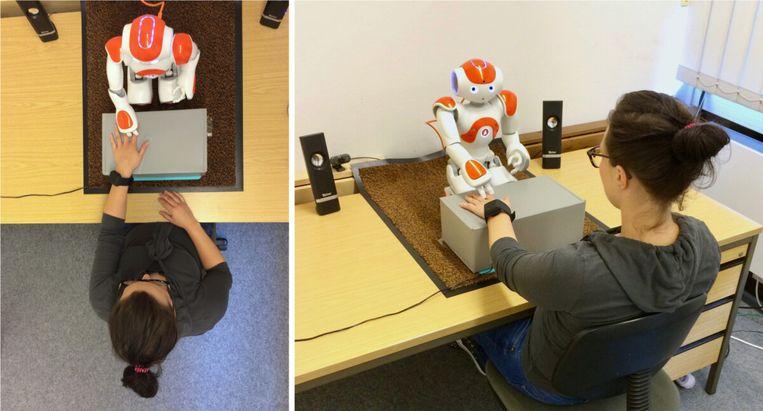 Robot Nao geeft studie-advies.  Beeld scientias