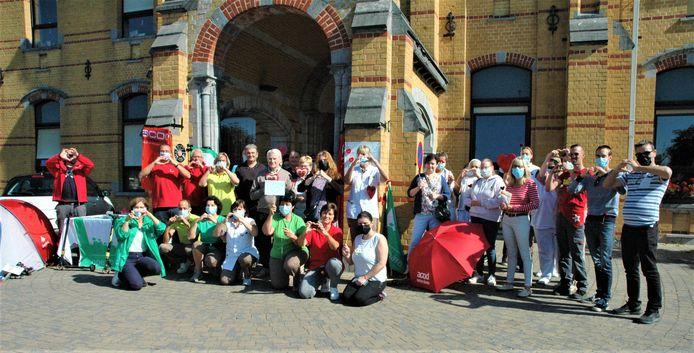 Actievoerders voor wzc De Linde in Ronse.