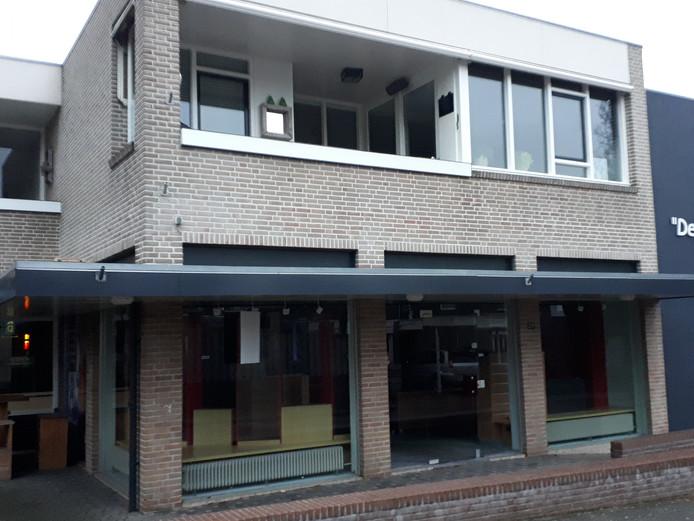 Het winkelpand aan de Dahliastraat 29 in Nijverdal waar voorheen gospelshop De Boei  was gevestigd.