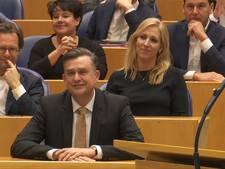 Roemer neemt afscheid van Tweede Kamer: 'heb speciaal iets roods aangetrokken'