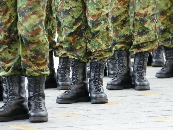 Beeld ter illustratie. De militairen oefenen ook in Brakel.