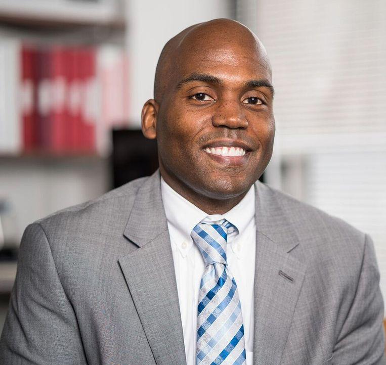 Yohuru Williams, historicus aan de St. Thomas universiteit in Saint Paul, tweelingstad van Minneapolis. Beeld