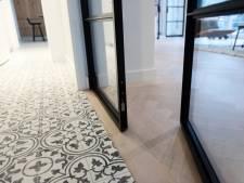 Granieten vloer in de gang is prachtig, maar niet te betalen: dit zijn de alternatieven