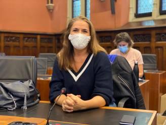 """Gezondheidsgidsen gaan van deur tot deur voor luisterend oor: """"Er wonen zoveel mensen in Gent, maar je zou ervan versteld staan hoeveel er eenzaam zijn"""""""