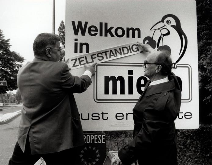 Actie in Mierlo tegen de dreigende annexatie door Helmond (1991).