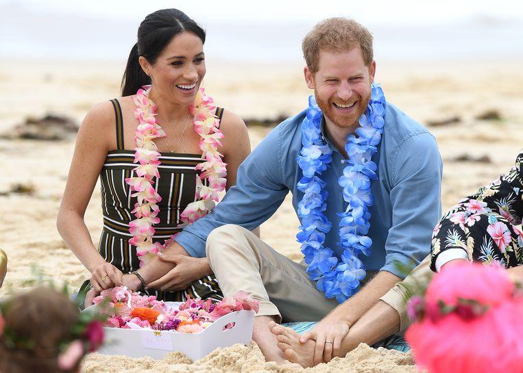 Prins Harry hoopt dat het kind dat hij en echtgenote Meghan Markle verwachten een meisje is. Dat heeft hij aan omstanders laten weten tijdens het bezoek van het paar aan Australië.