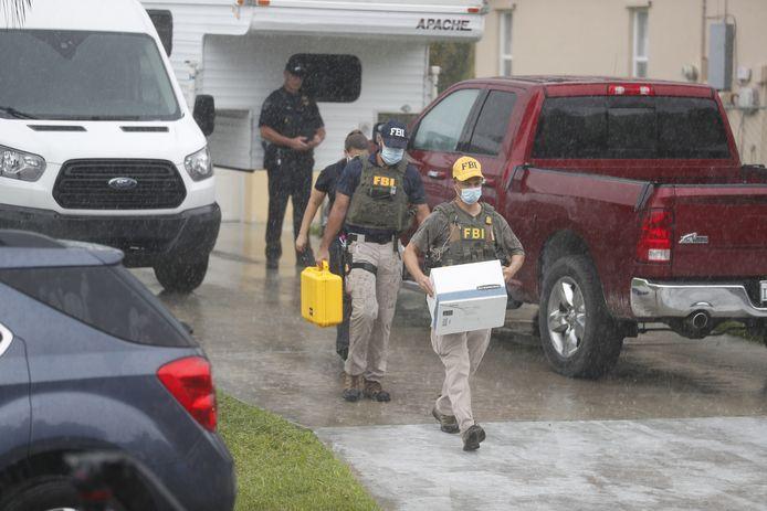 De FBI nam bewijsmateriaal in beslag bij het huis van Laundrie.