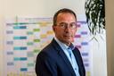 Cees Hertogh, hoogleraar ouderengeneeskunde, doet onderzoek naar de verspreiding van het coronavirus in verpleeghuizen.
