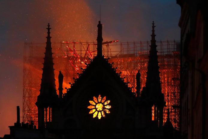 De brand in de Notre-Dame