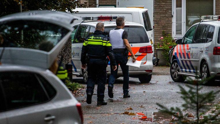 De politie heeft het gebied afgezet rondom de forensisch psychiatrische kliniek Altrecht Aventurijn. Beeld anp