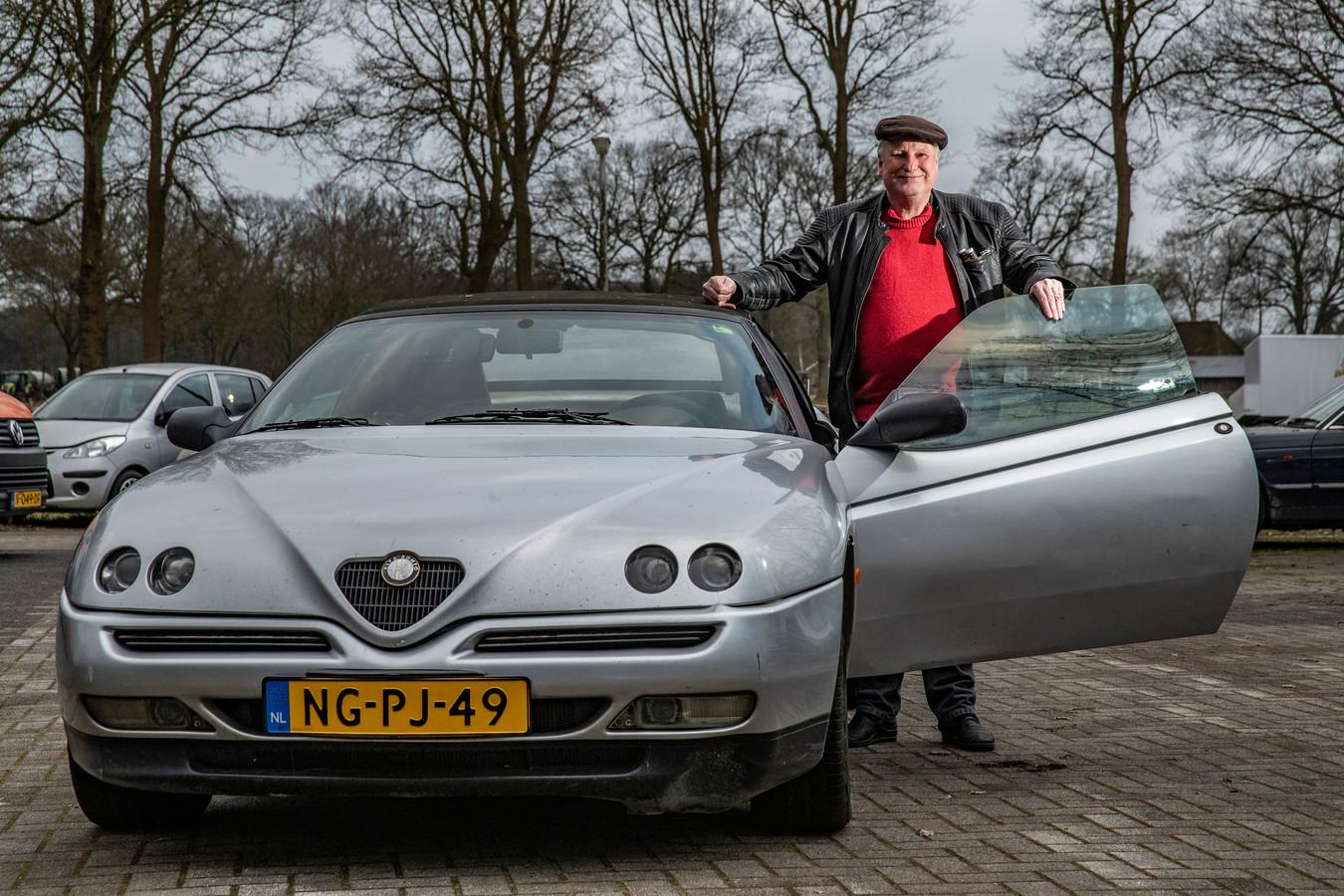 De auto van Nico Mulder staat inmiddels bij de garage in Lettele.