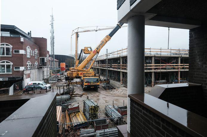Nieuwbouwplannen blijven langer liggen door een tekort aan ambtenaren. Archieffoto Jan Ruland van den Brink