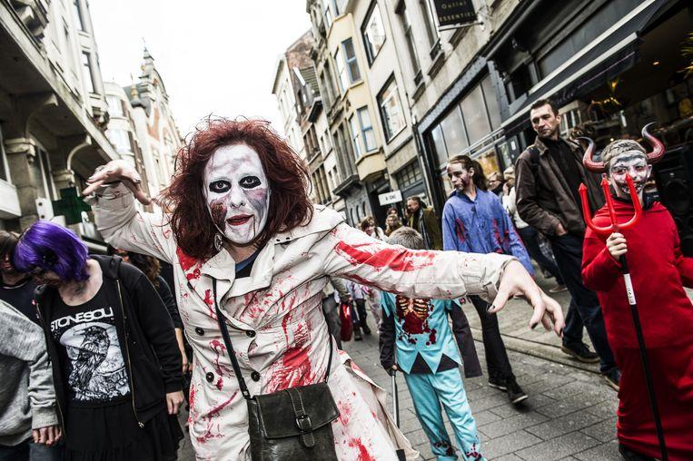 Ook vorig jaar overspoelden zombies de binnenstad.