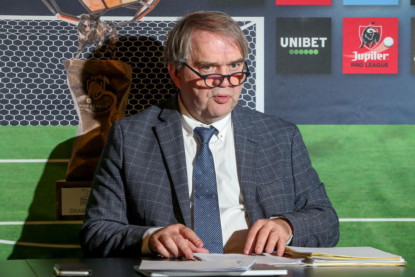 Pierre François, CEO van de Pro League, zat gisteren samen met vertegenwoordigers van de vakbonden.