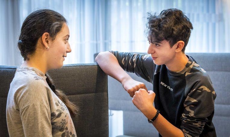 De twee Armeense kinderen Lily en Howick. Beeld ANP